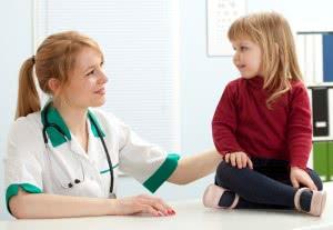 Девочка на приеме у врача