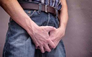 При кандидозе возникают боли при мочеиспускании