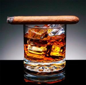 Сигара и спиртное
